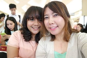Take this picture with my friend  @vindyfreschi . Really like her camera 😄😄😄 make our picture so clean and focus too  #clozetteid #beauty #fotd #friend #pastel #pastelcolours #beautybloggers #indonesiabeautyblogger #인스타그램 #팔로우 #친구 #셀카스타그램 #샐피스타그램 #셀카 #셀피 #맞팔 #맞팔해요 #뷰티스타그램 #뷰티블로거 #뷰티 #블로거 #2016년