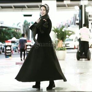 You Never Wear Too Little nor Too Many With Black Dress.  I challenge my friend @manda_olv and @vannysariz to share your #monochrome #ootd  #clozetteid #twonderfuljourney #clozettexgaudi #hijab #hijabfashion #hijabvideo #blackdress
