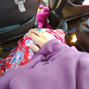 #LatePost Eid Syar'i Dress Day 2 //Flowery Red meet Purple So Fabulous feat Sneaker #ClozetteID #HOTD #SCARFMagz #EidMubarak #1436H